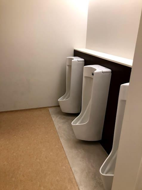 聖徳学園のトイレ